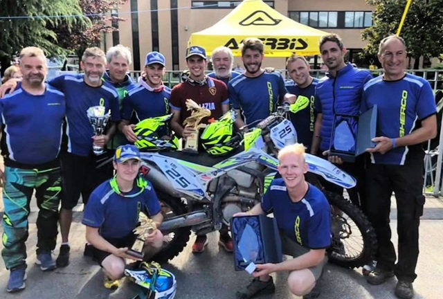 Sherco Team celebrates Cavallo\